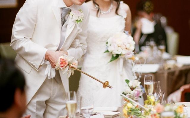 結婚式と披露宴の違いは